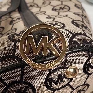 Michael Kors Signature Tote Black Leather